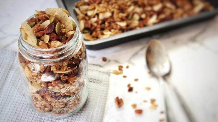 breakfast granola